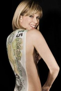 Carolyn Roper Kate Garraway body painting